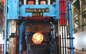 195MN 自由锻造油压机的关键技术